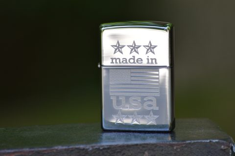 Zippo ZO29430 Made in USA with Flag