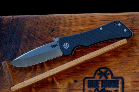 Southern Grind Bad Monkey Emerson - Tumbled Satin, Twill-Weave Carbon Fiber, Serrated, Drop Point