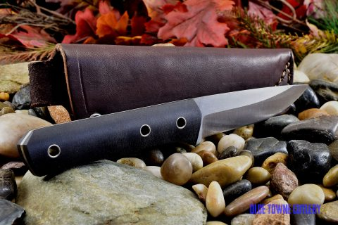 Cumming Bladeworks Trailmaster - Black Canvas Micarta