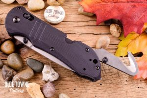 Benchmade 917 Triage Axis Tactical