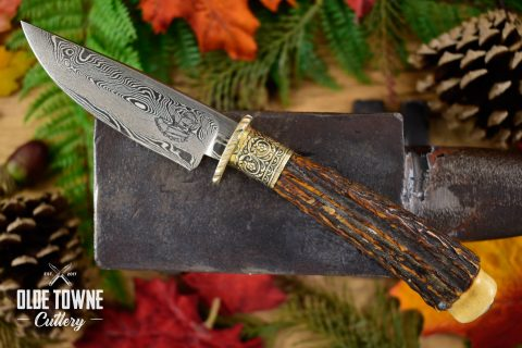 Pre-Owned Dan Graves Damascus Stag #40 (C)