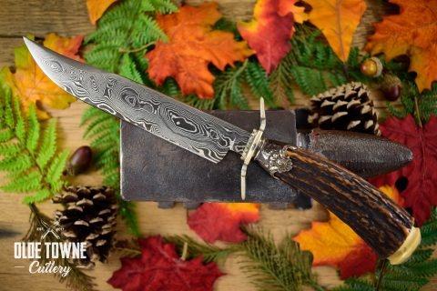 Pre-Owned Dan Graves Damascus Stag #41 (C)