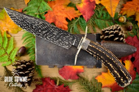 Pre-Owned Dan Graves Damascus Stag #42 (C)