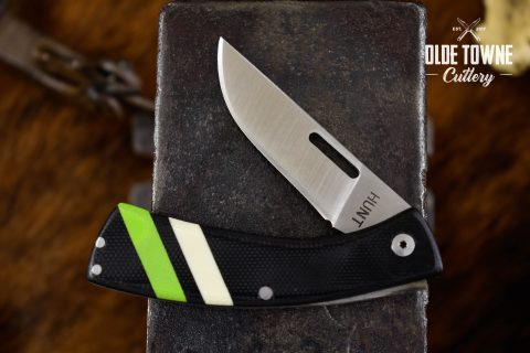 T.M. Hunt Custom Folder .22 Black White/Green